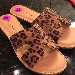 Rock & Candy Leopard sandal